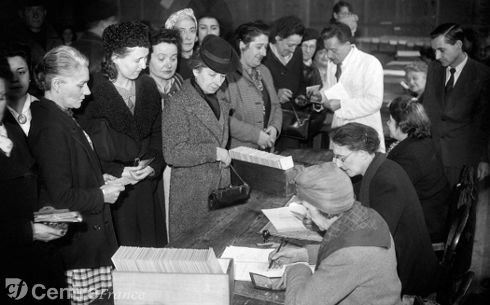 premier-vote-des-femmes-le-29-avril-1945-photo-afp_2058749
